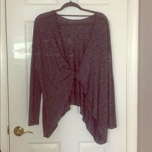 Tops - Oversized sweater with opened twisted back